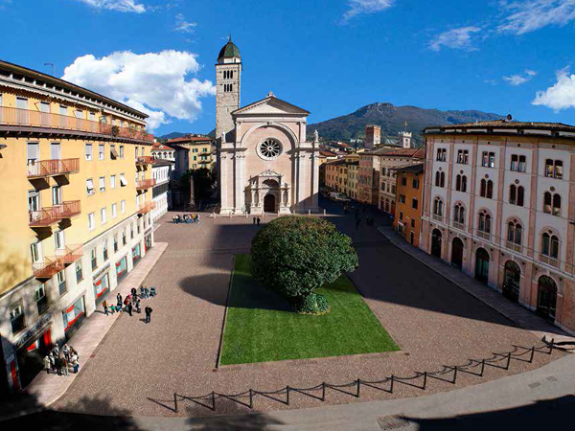 NATALE: in piazza S. Maria Maggiore il Natale del Concilio