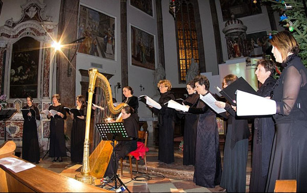 600-Salotti musicali foto