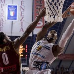 Dolomiti Energia sconfitta al photo finish: vince Venezia 79-78