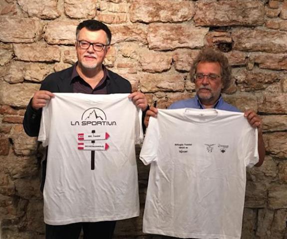 600 -le-magliette-della-solidarieta-ricostruiamo-il-rifugio-tonini-fonte-wwwaquilabasketit