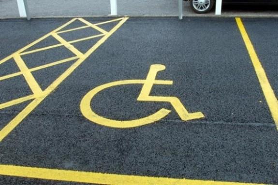 600 parcheggio-disabili-618x412
