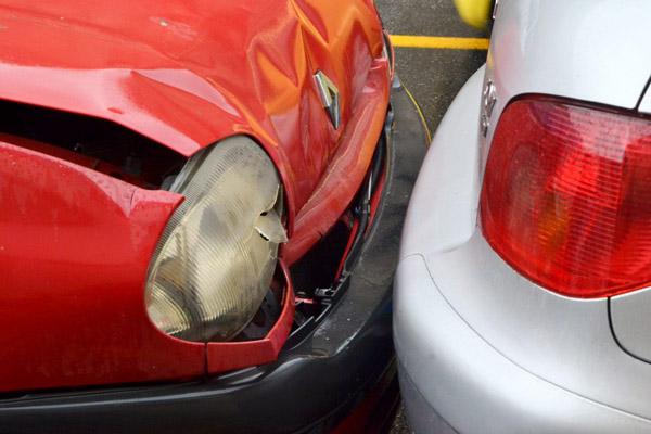 MOTORI: Quasi un incidente su cinque sulle strade italiane (il 18,6%) è un tamponamento.