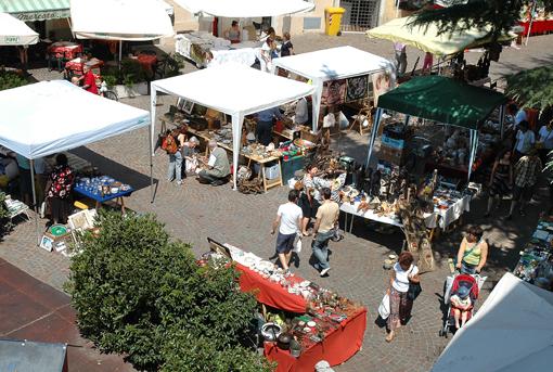 il mercatino dei gaudenti piazza dante trento 26 maggio