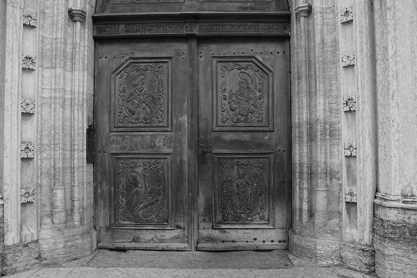 Portale S. Pietro