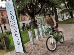 biciclette e.motion a Trento - piazza Venezia
