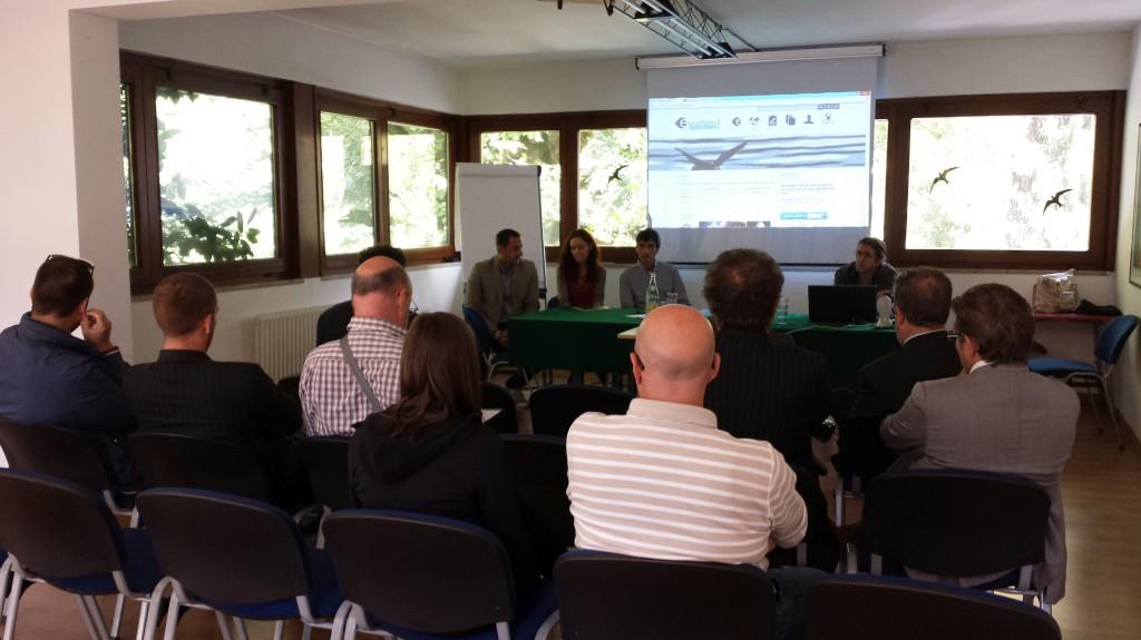 Tourism lab web e turismo nuove strategie e modelli di business per il