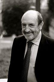 Umberto Galimberti - fonte: Wikipedia